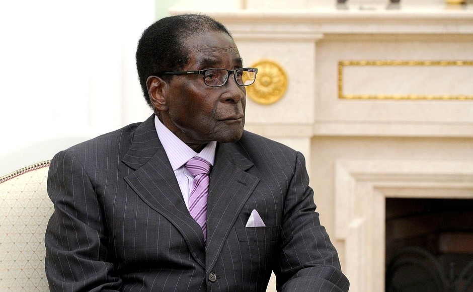 Mugabe votes in first Zimbabwe election since his fall