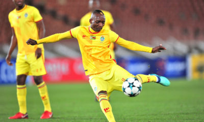 Kaizer Chiefs coach explains bow down for Khama Billiat, likening him to Lionel Messi